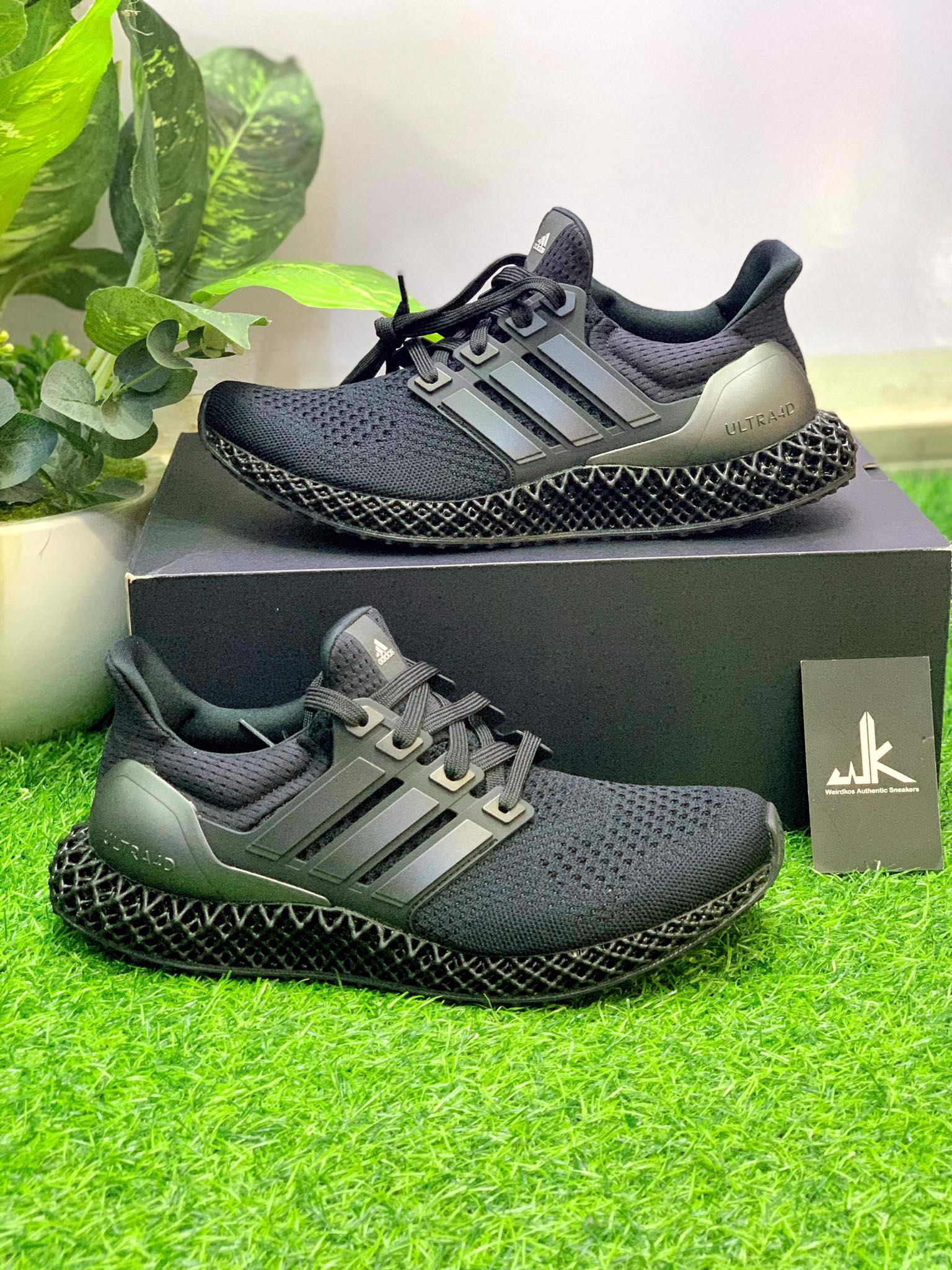 FY4286 Ultra 4D Triple Black