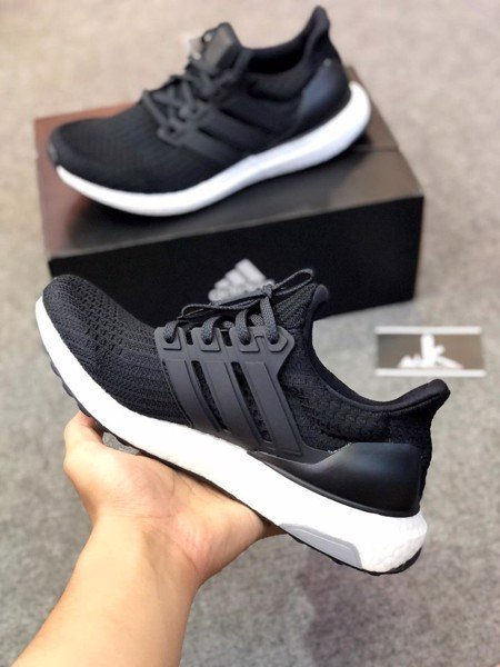 BB6166 - Ultraboost 4.0 Core Black
