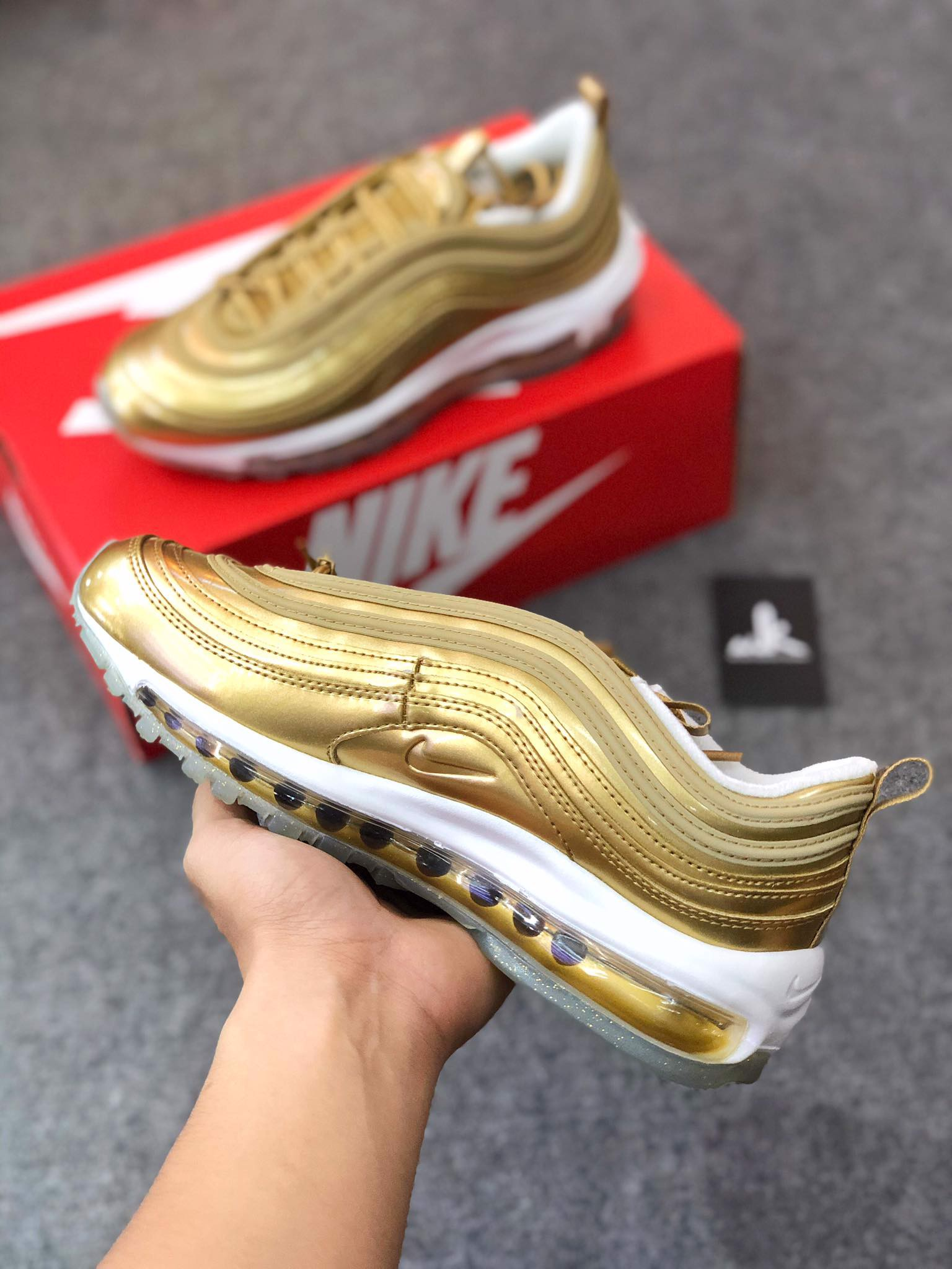 CJ0625-700 Air Max 97 Gold Medal (2020)