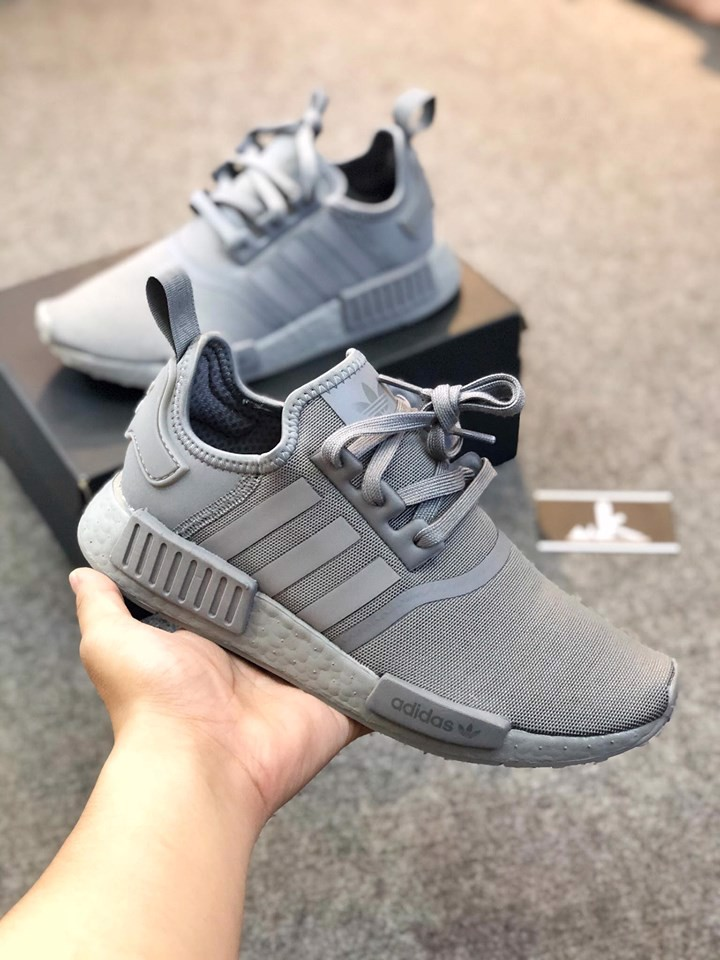 FV9016 - NMD R1 Grey Three