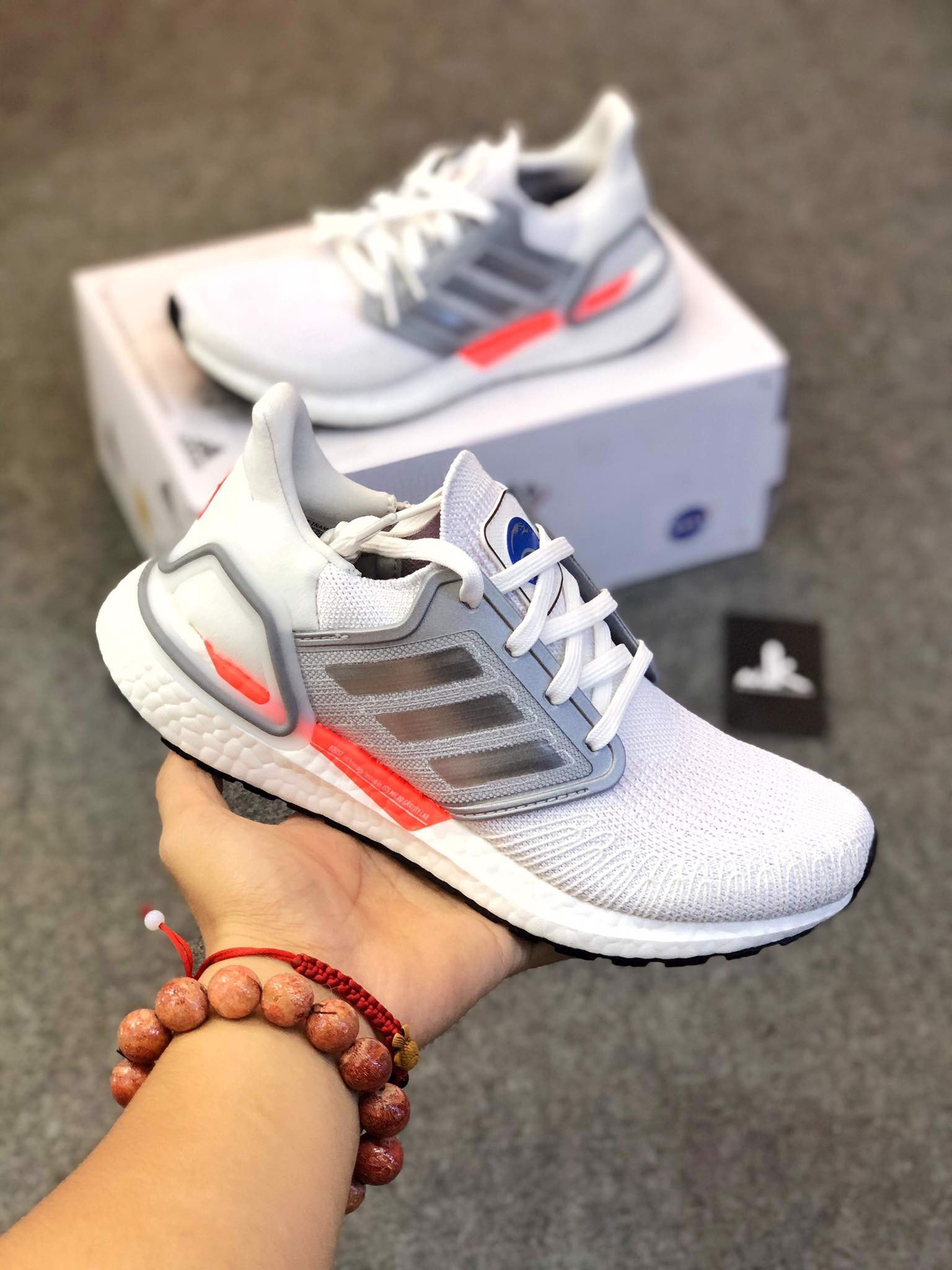 FX7992 UltraBoost 20 x NASA White Silver