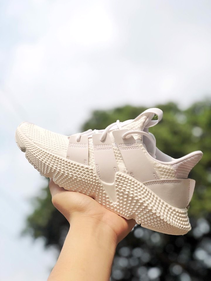 Prophere All White