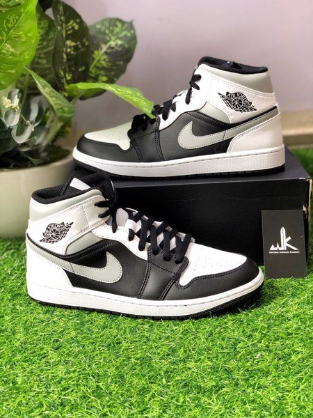 554724-073 Jordan 1 Mid White Shadow