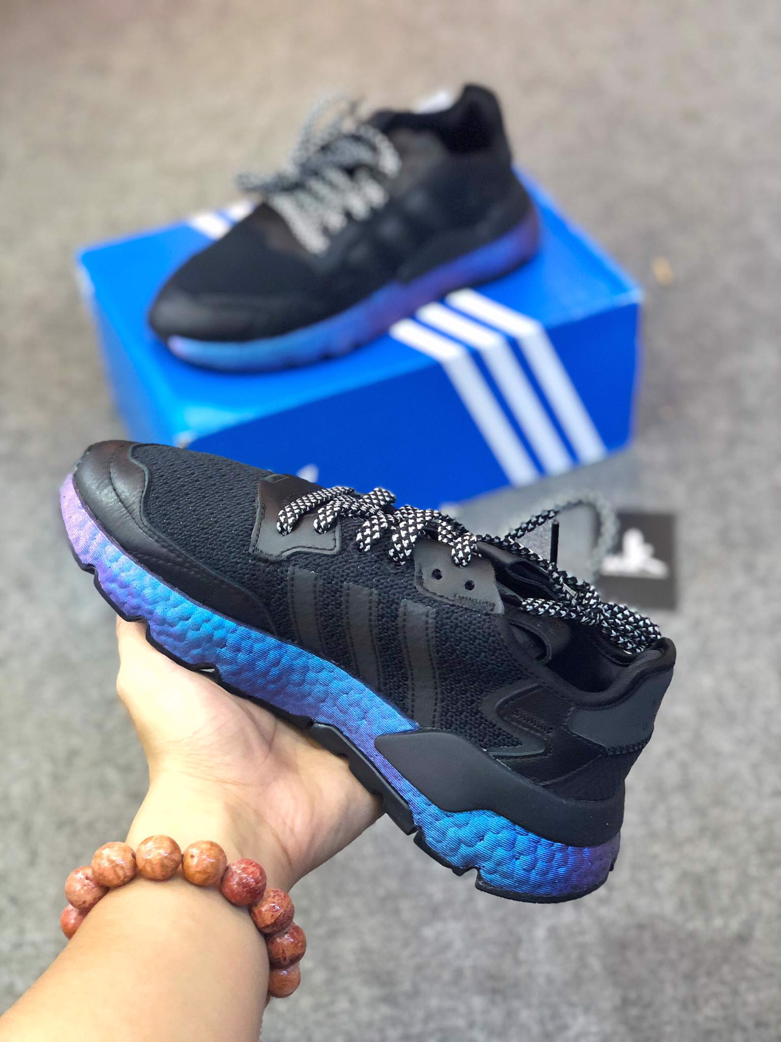 FV3615 Nite Jogger Black Metallic Boost