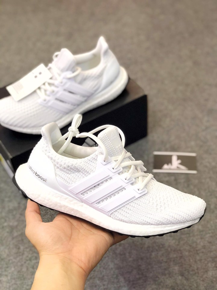 BB6168 - Ultraboost 4.0 All White