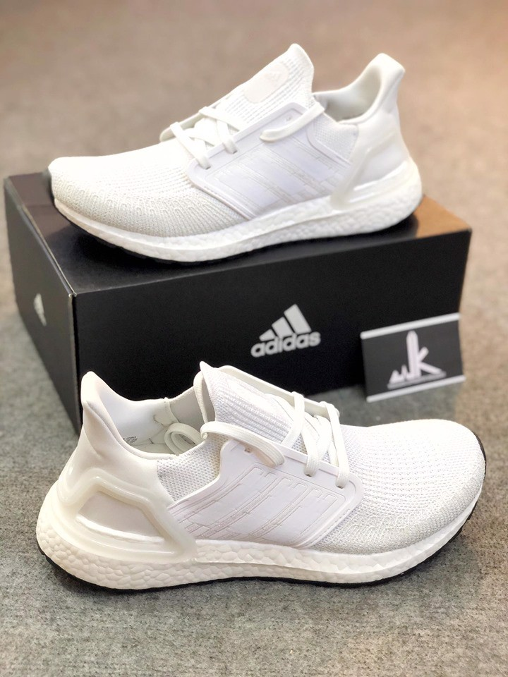 adidas Ultraboost 2019 All White