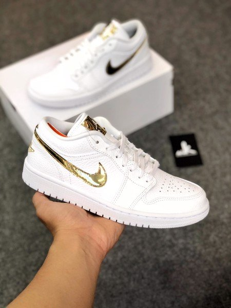 CZ4776-100 Jordan 1 Low White Metallic Gold