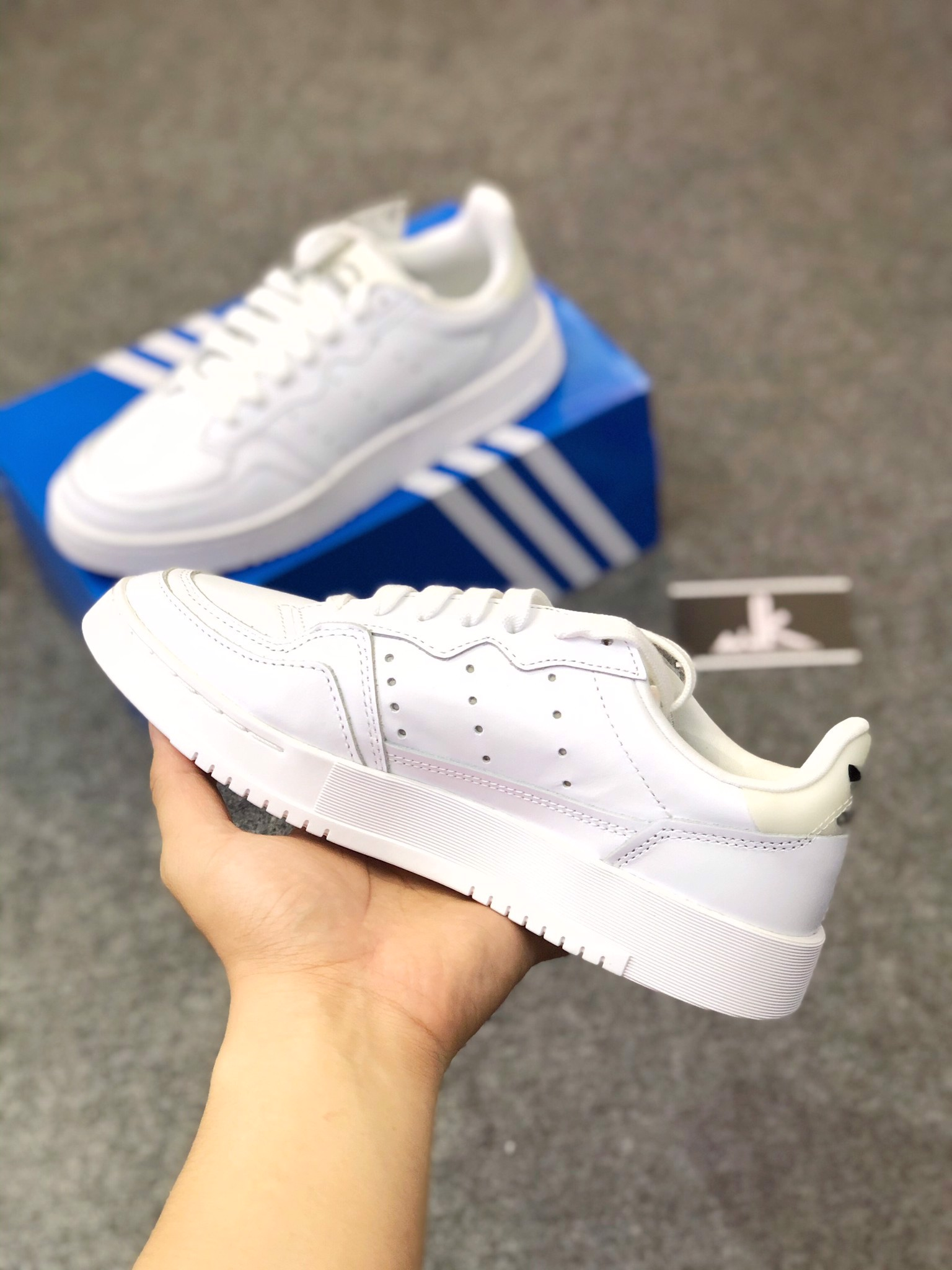 Supercourt All White
