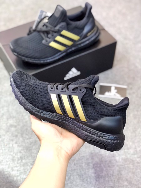 FU7437- Ultraboost 4.0 DNA Black Gold