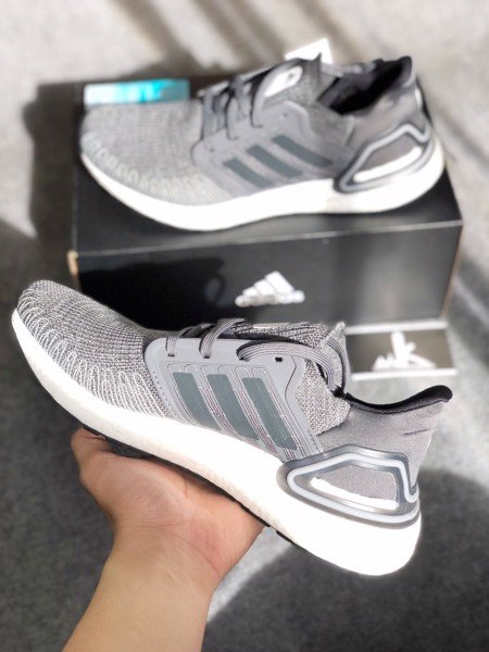 FY9035 - Ultraboost 2020 Grey