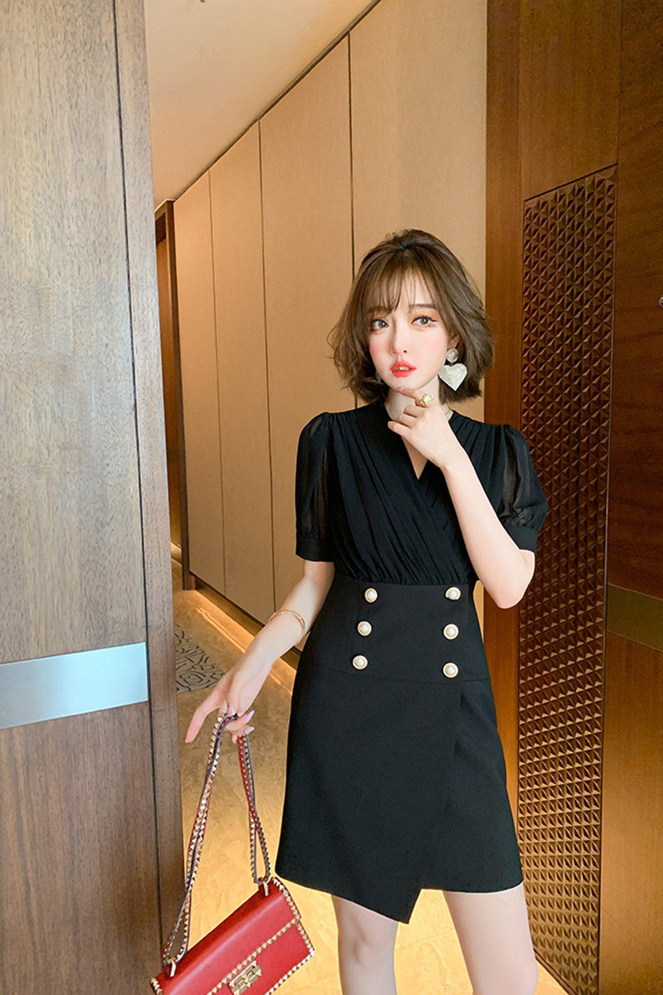 Váy đen mix voan tơ LV46