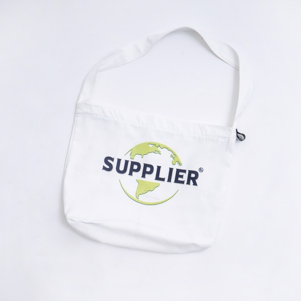 THE EARTH TOTEBAG 2.0 - WHITE