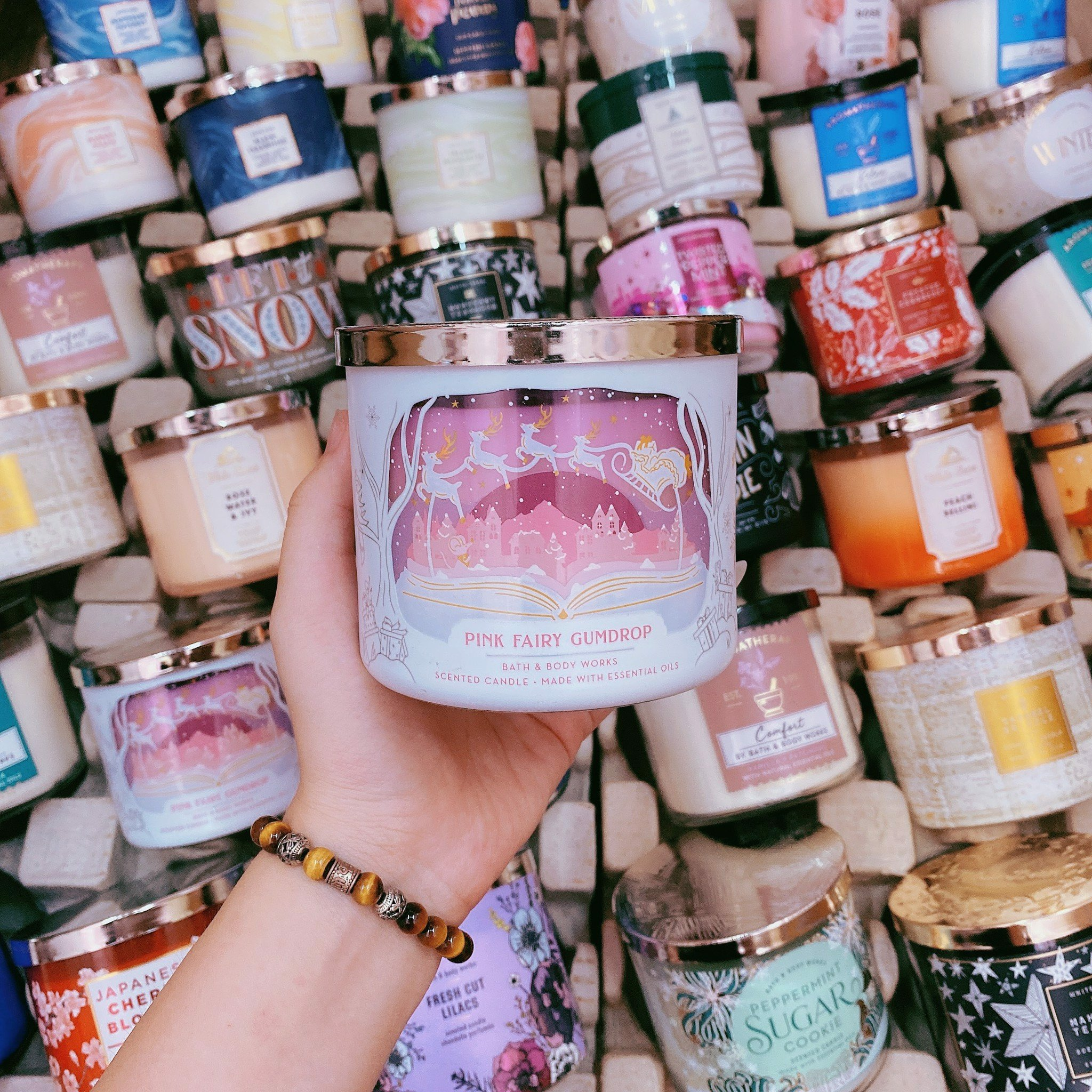 Nến Thơm 3 Bấc Bath & Body Works Pink Fairy Gumdrop Scented Candle