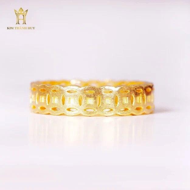 Nhẫn kim tiền (4)