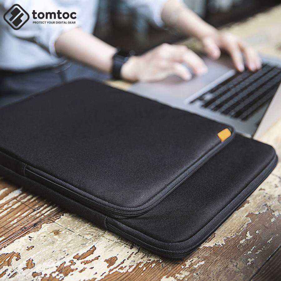 Tomtoc 360° Protection Premium Sleeve for MacBook Pro 13