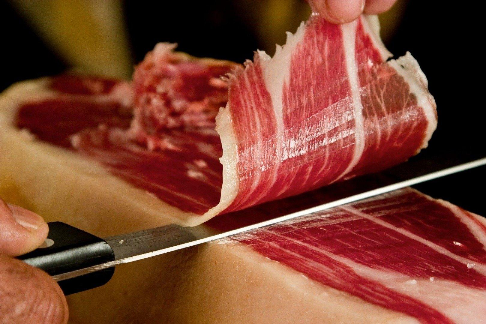 Thịt heo muối Iberico